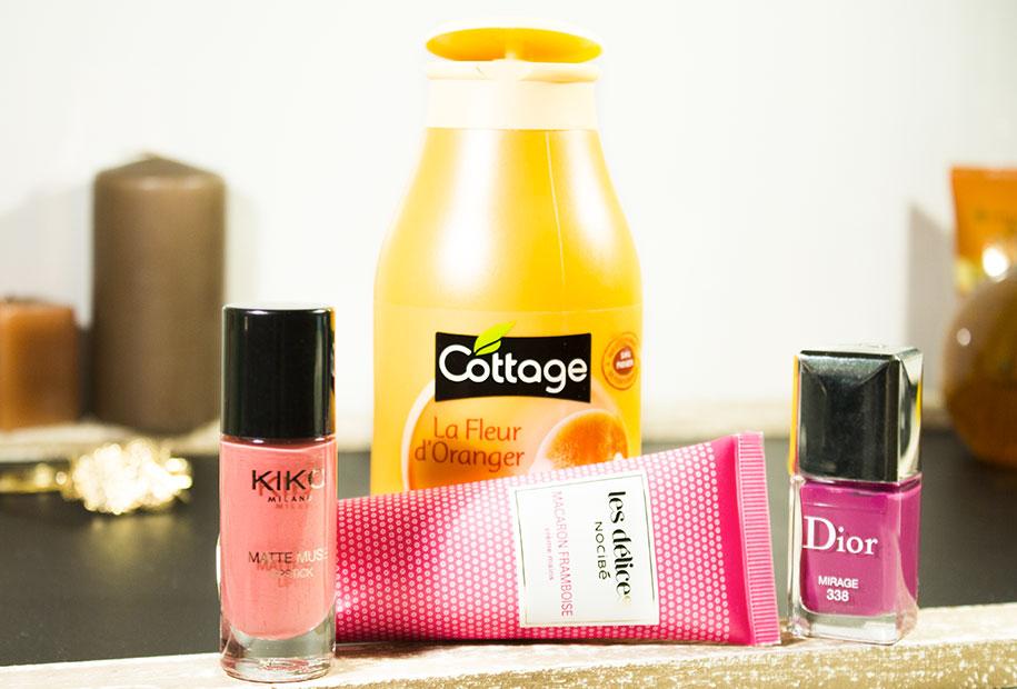 Vu d'ensemble des chouchous de Sandie avec les gel douche Cottage, le vernis Dior, le ral kiko et la creme pour les mains nocibéa
