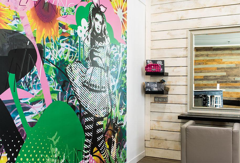 Zoom sur un pan de mur urbain du salon Inside de Montlouis-sur-Loire
