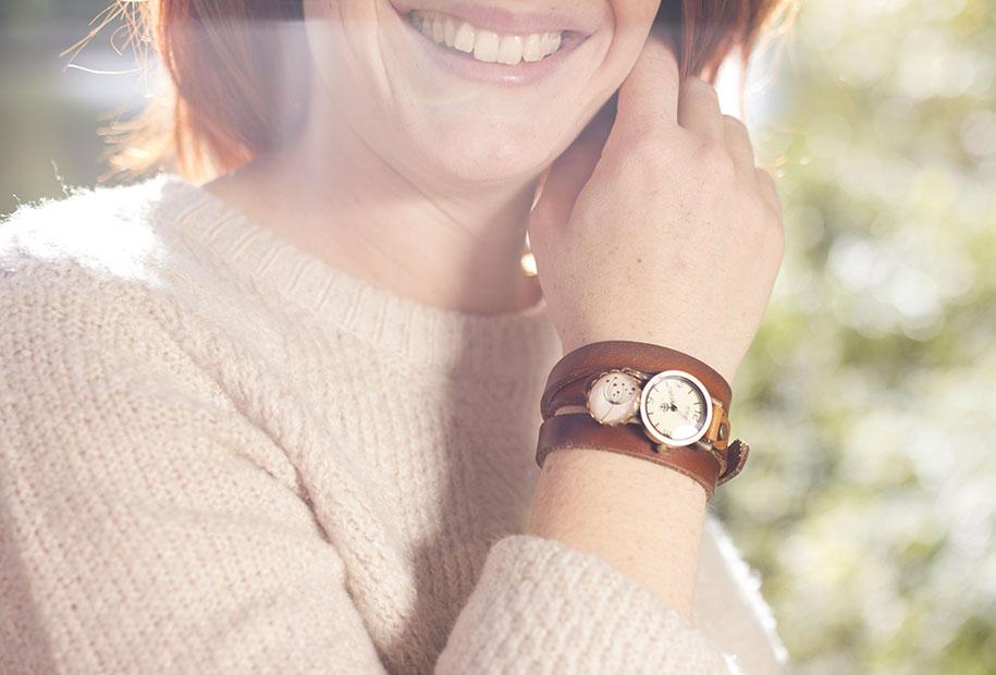 Zoom sur la montre en lanières de cuir marron MadamLili