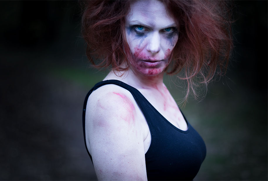 Zoom sur le make-up de zombi pour halloween