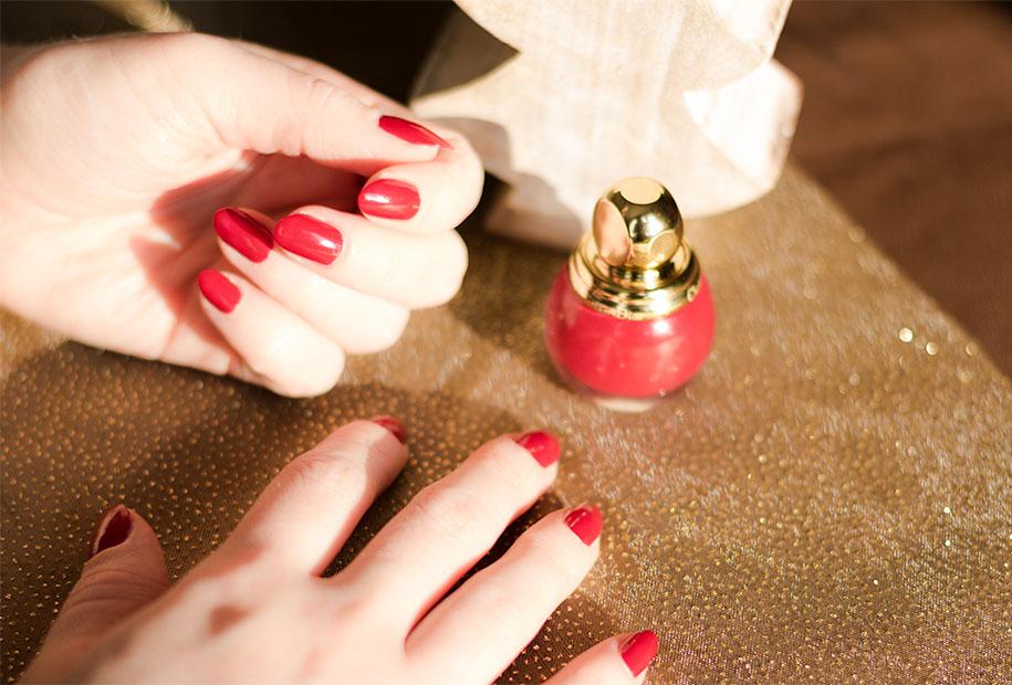 Zoom vernis rouge e Dior