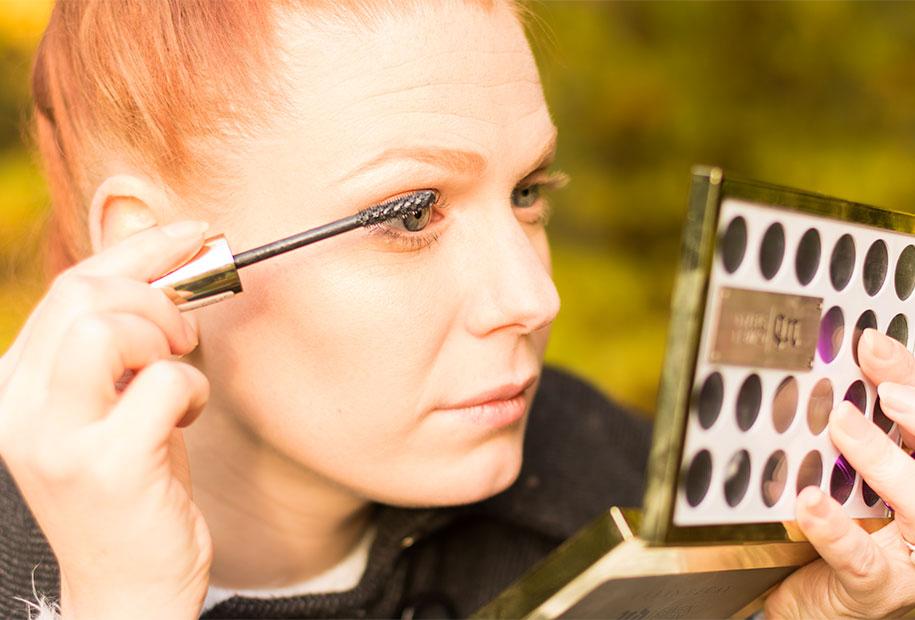 Zoom mascara volume millions de cils de l'oréal