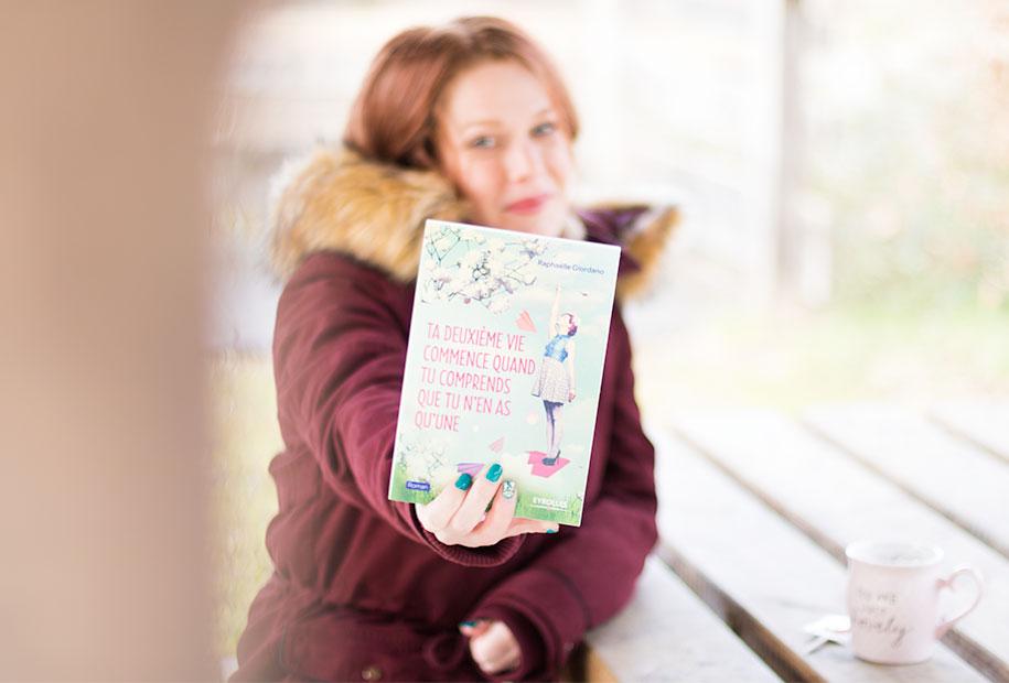 Zoom sur le livre Ta deuxième vie commence quand tu comprends que tu n'en as qu'une
