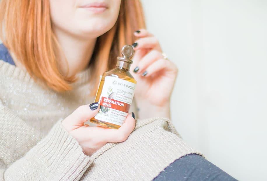 L'huile réparatrice pour cheveux secs ou abîmés de la marque Yves Rocher