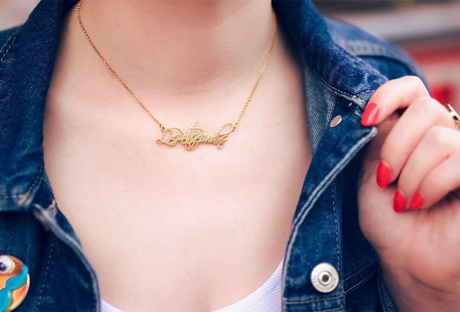 Zoom sur le collier personnalisé LesPetitsBoudins de la marque oNecklace