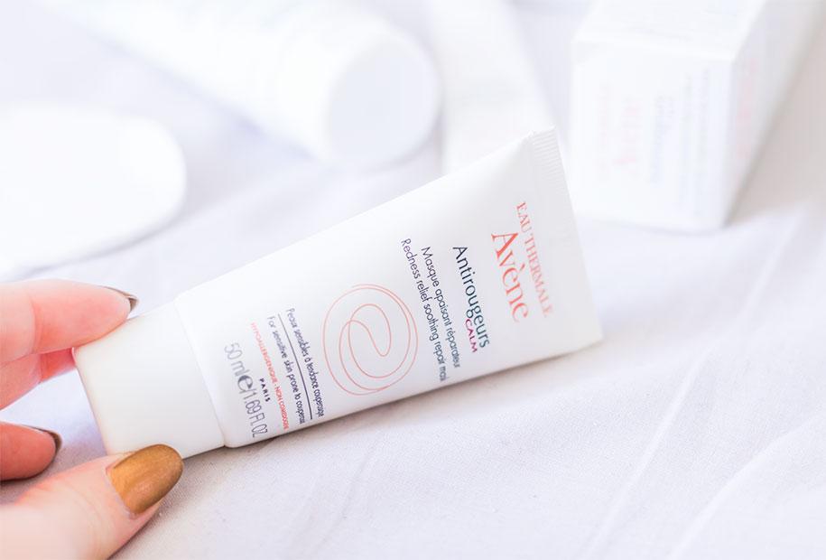 Zoom sur le packaging du masque antirougeurs de la marque Avène