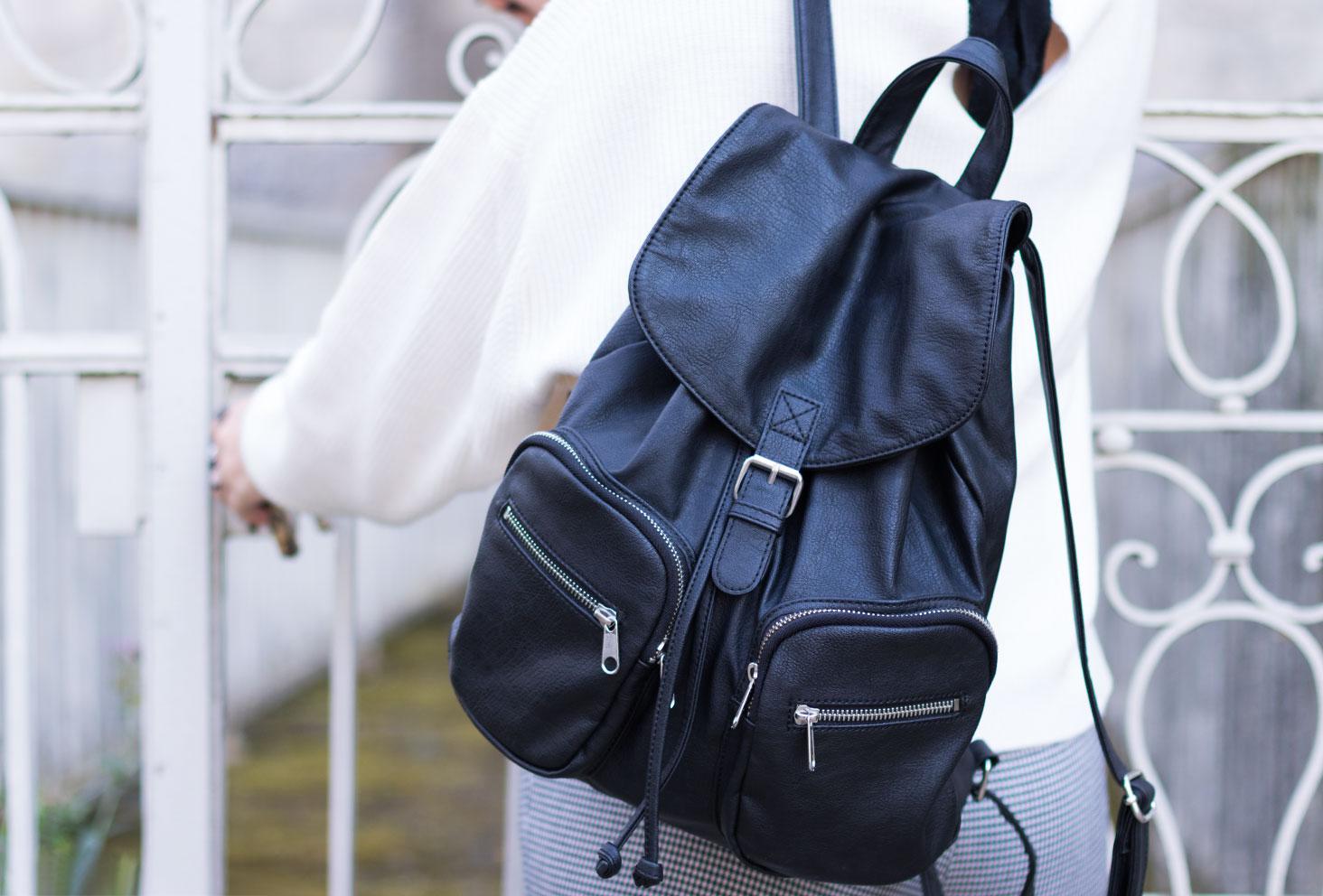 Zoom sac à dos noir H&M