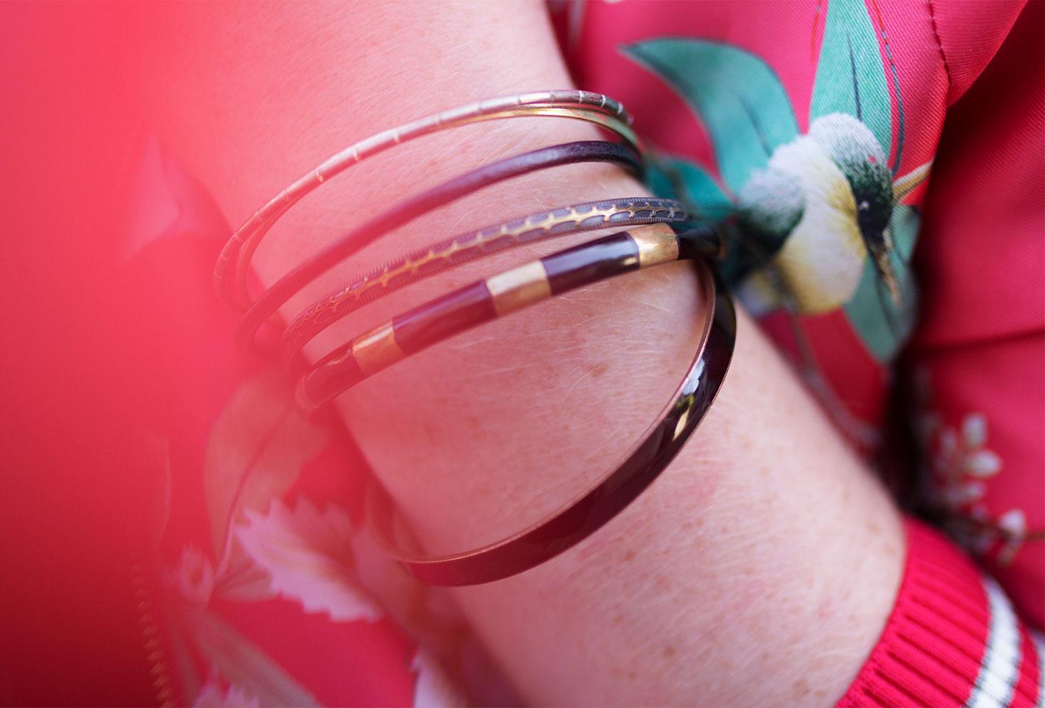 Zoom sur les bracelets vintage en métal