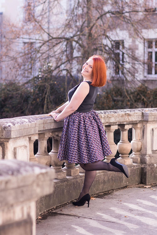 Look de la robe personnalisée Nejide sur le balcon
