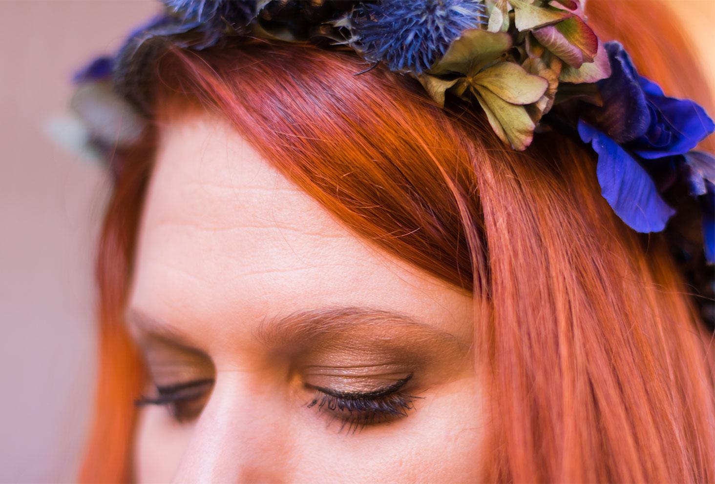 Zoom sur le make-up du look de fêtes réalisé avec la palette Subculture