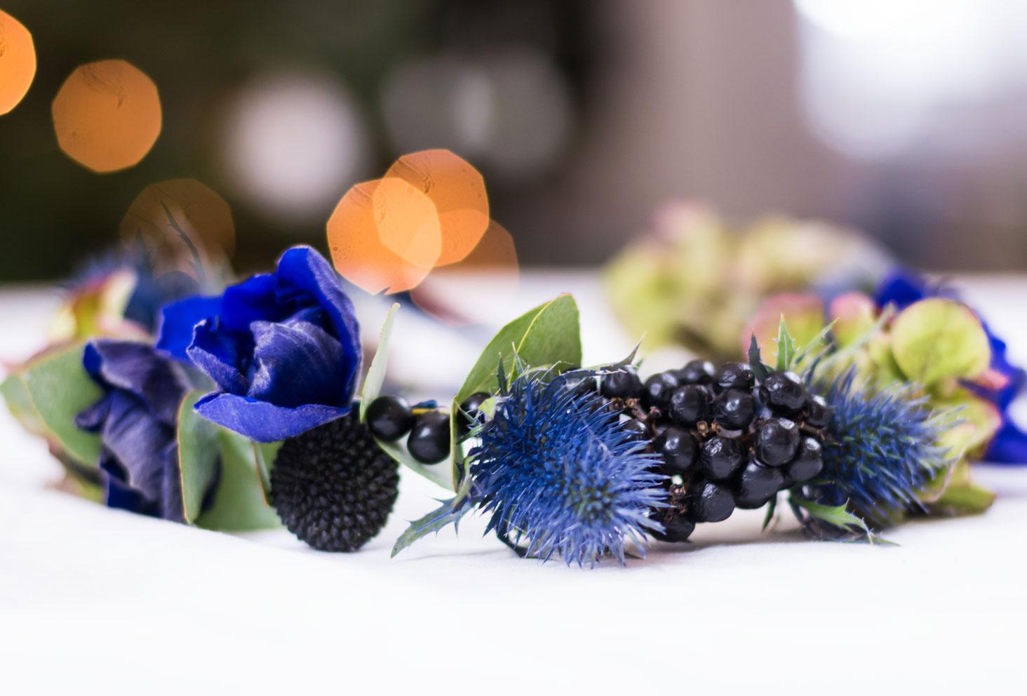 Zoom sur le résultat de la couronne de fleurs Les Herbes Folles terminée