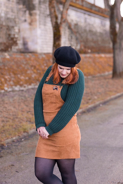 Look robe salopette et pull cocooning sur les bords de la Loire
