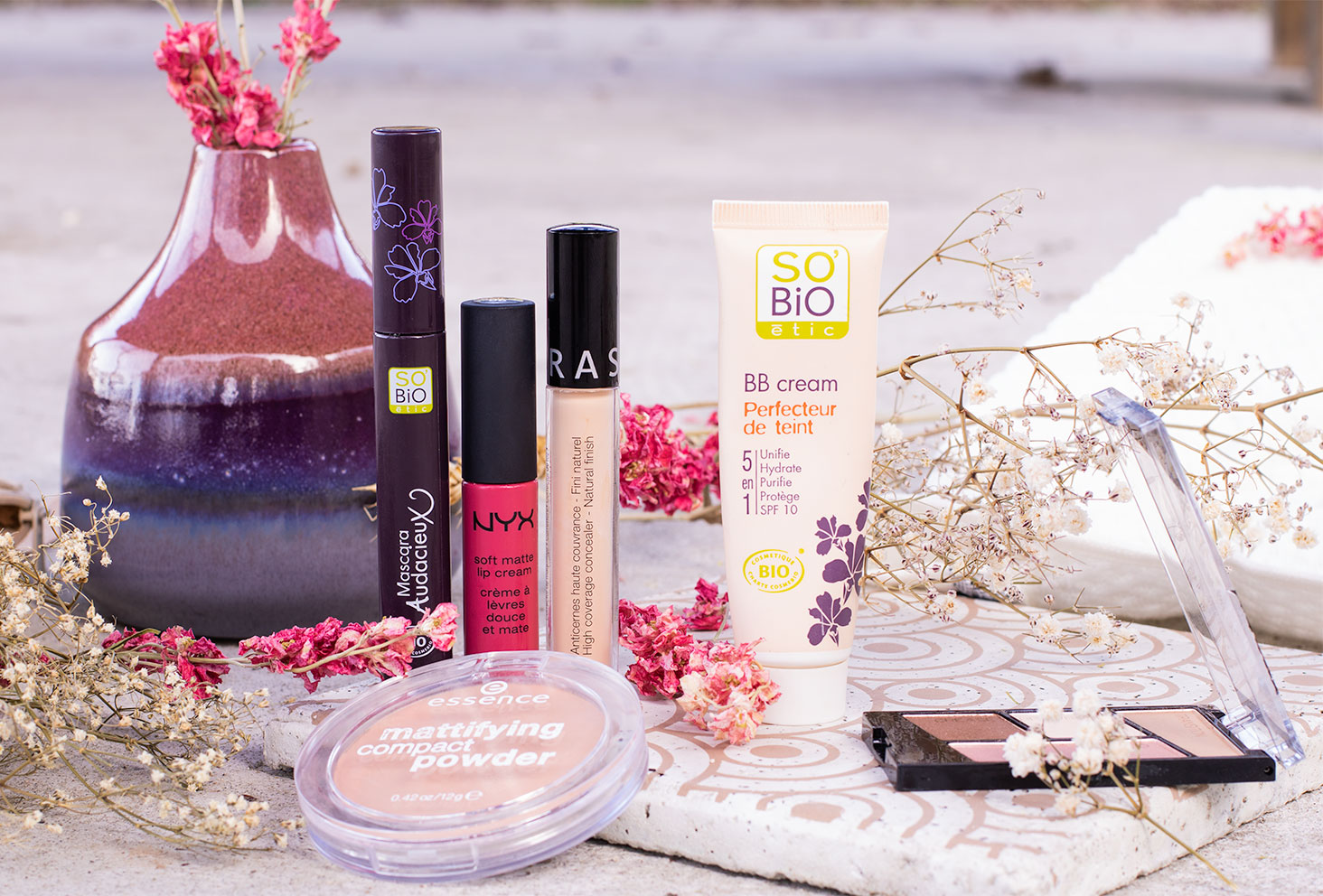 Une trousse à maquillage à moins de 50€, produits make-up à petits prix