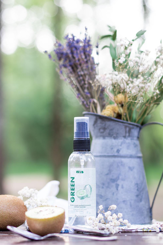La brume rafraîchissante visage de la gamme Green de Marionnaud pour la routine visage idéale de l'été