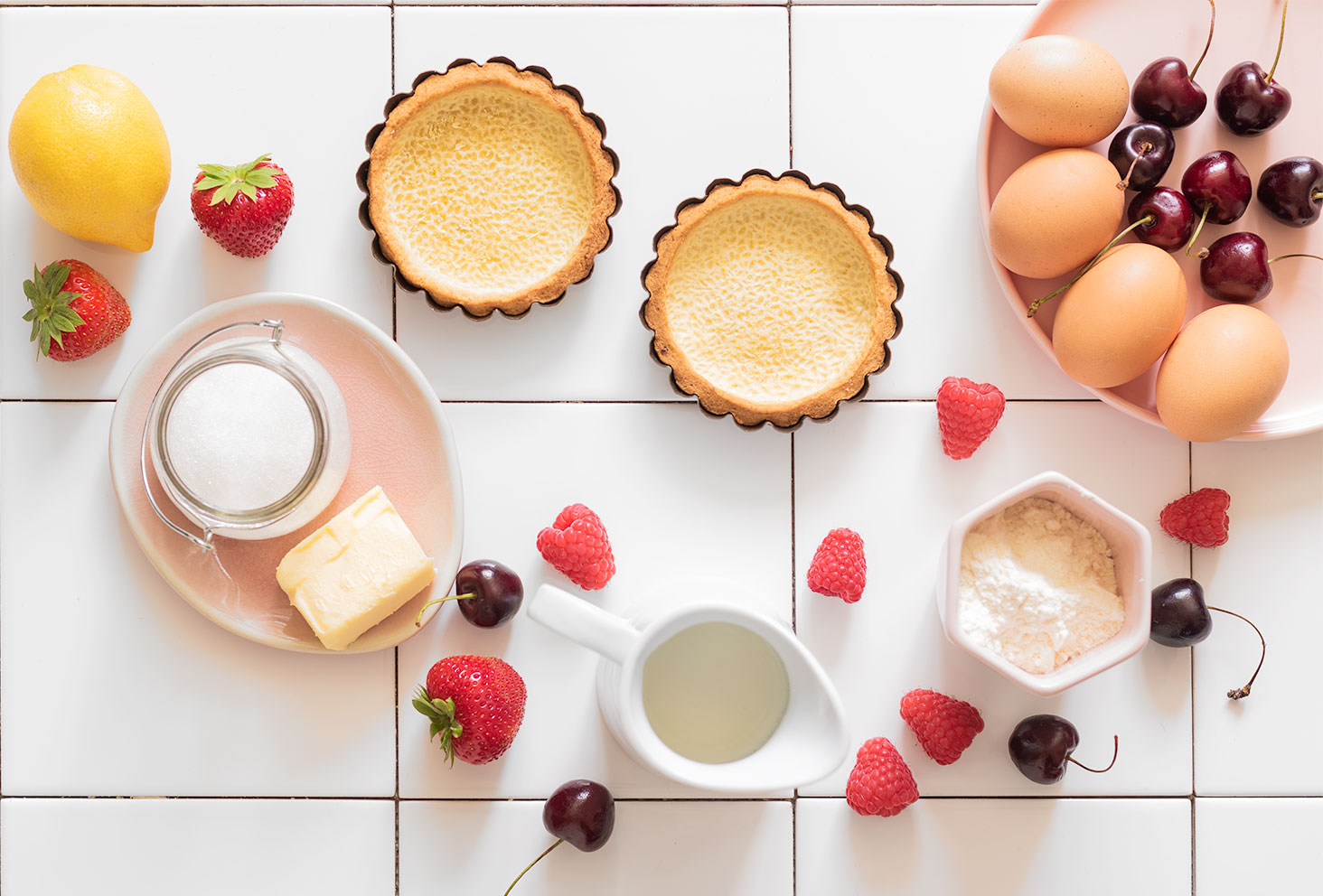 Ingrédients pour la recette facile de tartelettes aux fruits rouges