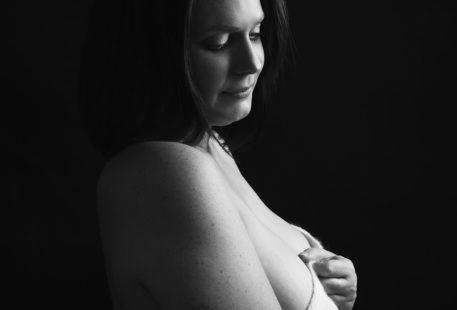 Photo de nu pour une mise à nu dans une lettre à mon petit corps chéri