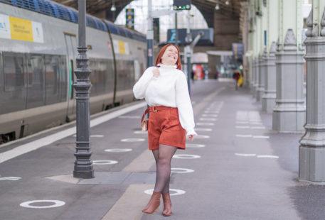 Dans la gare de Tours en tenue de fêtes pour fêter les 5 ans du blog à l'approche de Noël