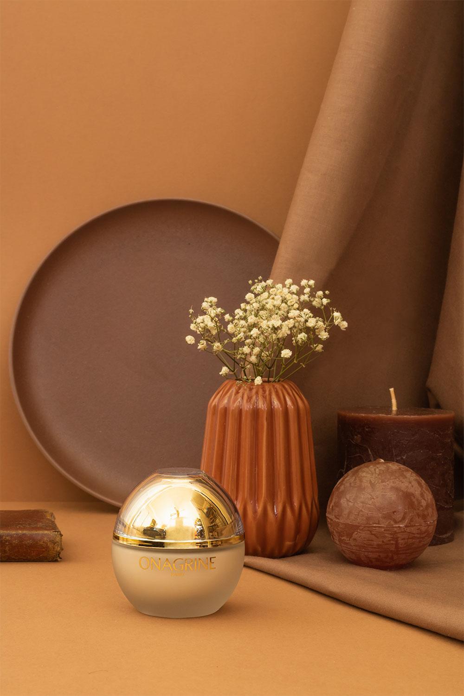 Photographie produit de la crème hydratante Onagrine, dans une nature morte marron et géométrique